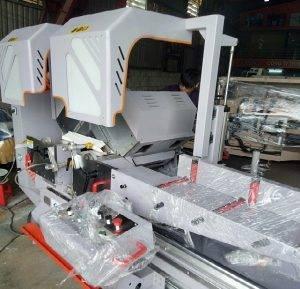 máy cắt nhôm 2 đầu công nghệ ý
