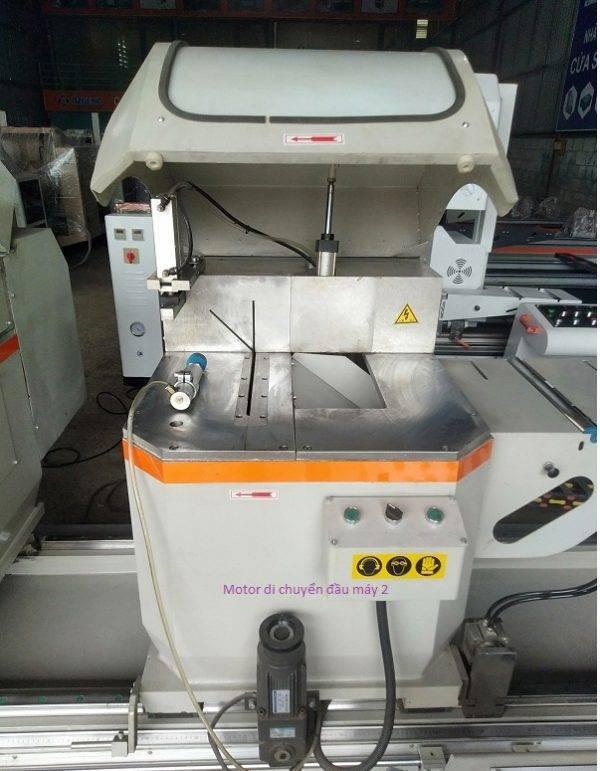 máy cắt nhôm 2 đầu A500 4