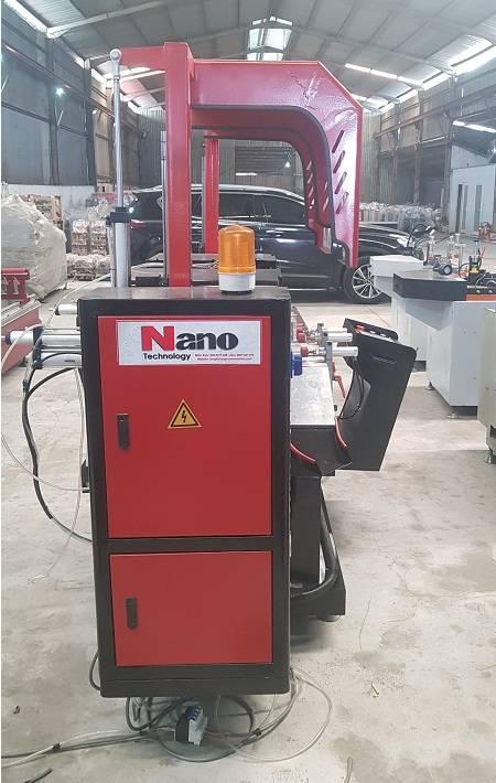 May cat nhom 2 dau Nano CNC